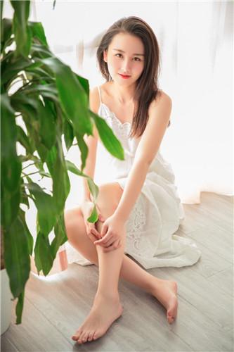 草莓榴莲向日葵18岁免费4